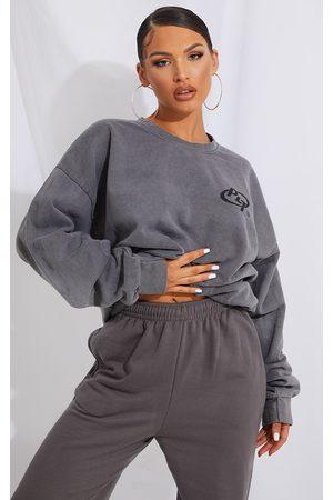 PRETTYLITTLETHING Grey Logo Washed Sweatshirt