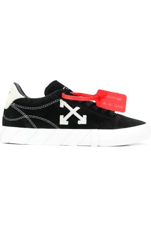 OFF-WHITE New Arrows-motif Vulcanized low-top sneakers