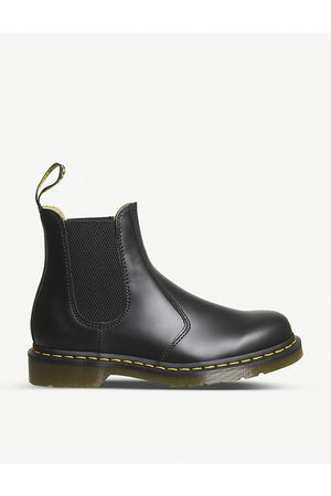Dr. Martens 2976 leather Chelsea boots