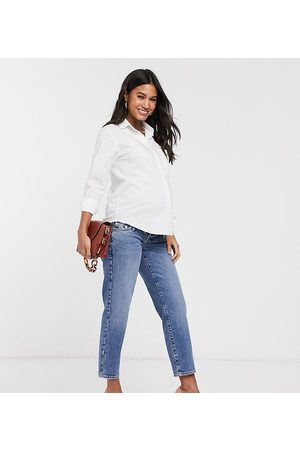 River Island Overbump straight leg jeans in mid auth