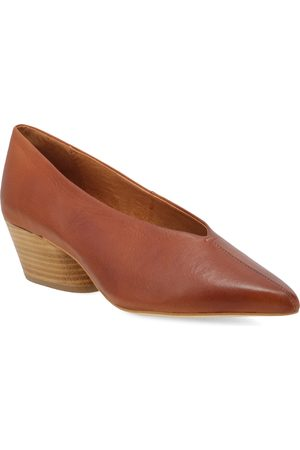 Miz Mooz Women's Hope Pointed Toe Pump