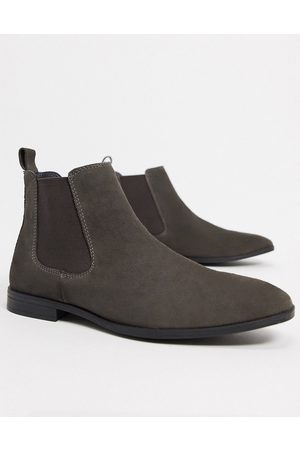 ASOS DESIGN Chelsea boots in suede with black sole