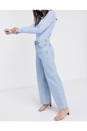 Weekday Ace wide leg organic cotton in summer