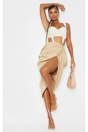 PRETTYLITTLETHING Ruched Side Midi Skirt