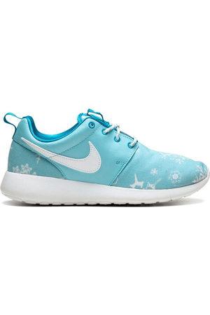 Nike TEEN Roshe Run sneakers