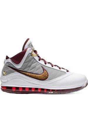Nike Lebron 7 Sneakers