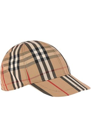 Burberry Stripe print and vintage check cap
