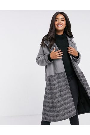 Liquorish Women Coats - Oversized straight coat in and contrast plaid