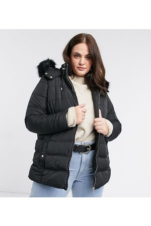 New Look New Look Curve faux fur hooded puffer jacket in
