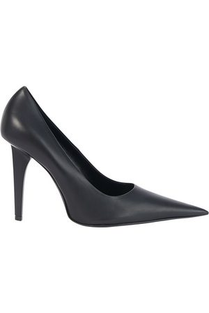Balenciaga Sharp pumps