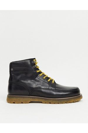 Jack & Jones Men Lace-up Boots - Leather lace up boots with contrast sole in