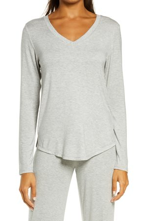 Nordstrom Women's Moonlight V-Neck Long Sleeve Pajama Top