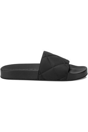 Bottega Veneta Women's Quilted Rubber Pool Slides - - Size 40 (10) Sandals