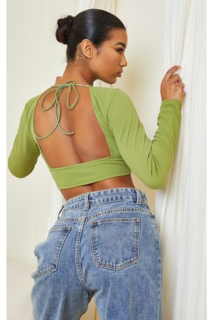 PRETTYLITTLETHING Crepe Backless Long Sleeve Crop Top