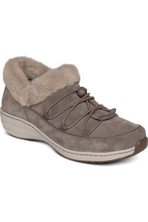 Aetrex Women's Chrissy Faux Fur Lined Sneaker