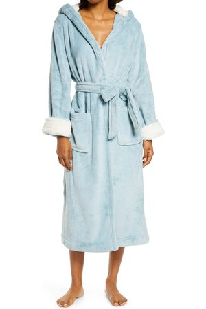 L.L.BEAN Women's Wicked Hooded Plush Robe