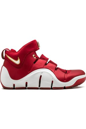 Nike Zoom Lebron 4 sneakers