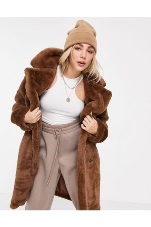 QED London Tie waist faux fur coat in tan