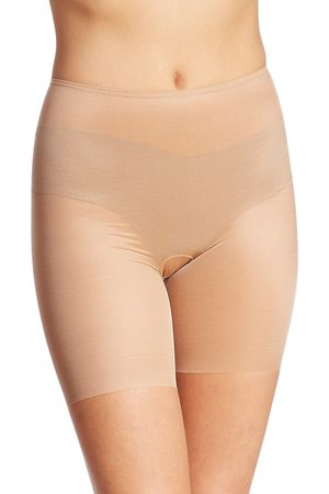 Spanx Women's Skinny Britches Mid-Thigh Shorts - - Size XL