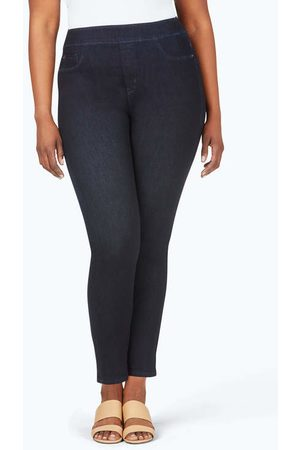 Foxcroft The Uptown Plus Slim Leg Pull-On Stretch Jeans