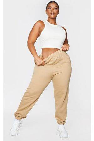 PRETTYLITTLETHING Plus Sand Casual Joggers