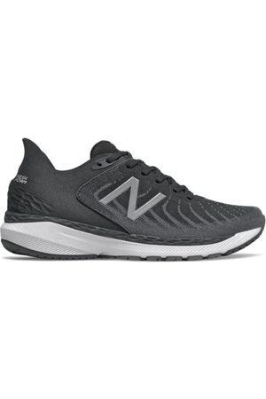 New Balance Men's Fresh Foam 860v11 - White/Black (M860B11)