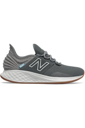 New Balance Men's Fresh Foam Roav Tee Shirt - Grey (MROAVTG)