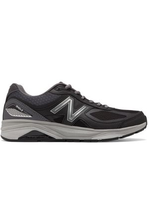New Balance Men's Made in US 1540v3 - Black/Grey (M1540BK3)