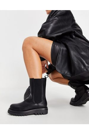 Truffle Collection Mid height chunky chelsea boots in