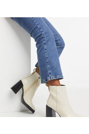ASRA Exclusive Herington heeled boots in bone leather-Cream