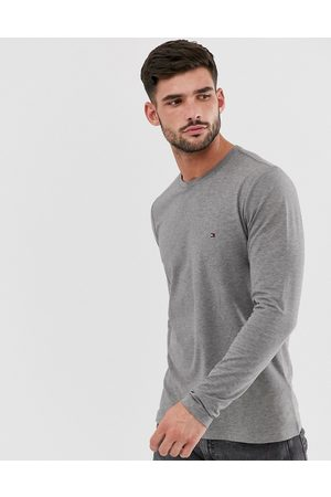 Tommy Hilfiger Slim fit classic logo long sleeve t-shirt in