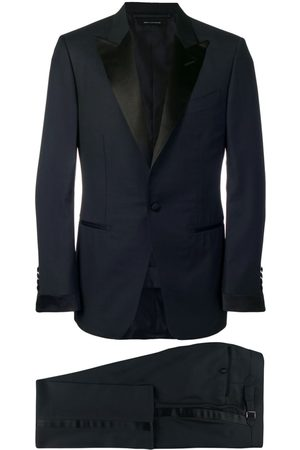 Tom Ford Men Suits - Classic smoking suit