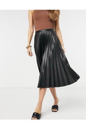 Closet PU pleated midi skirt in