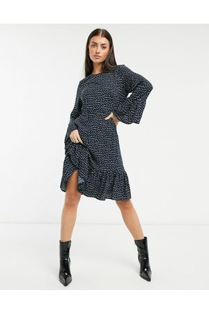 Y.A.S . Jamila fluted sleeve midi dress in small print