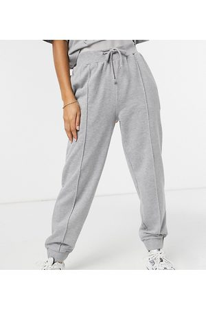 Reclaimed Vintage Inspired oversized sweatpants in marl with pintuck-Grey