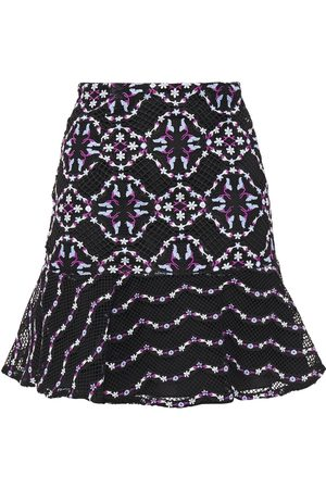 Sandro Woman Ornel Fluted Embroidered Guipure Lace Mini Skirt Size 1