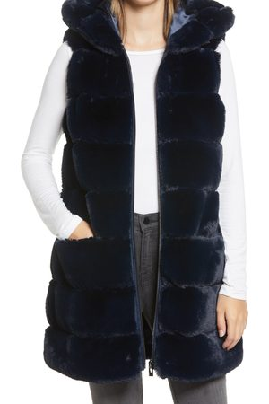 Via Spiga Women's Grooved Faux Fur Hooded Vest