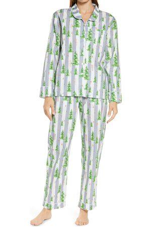 Sant And Abel Women's Snow Print Pajamas