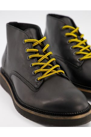 Selected Leather chukka boot with contrast laces in
