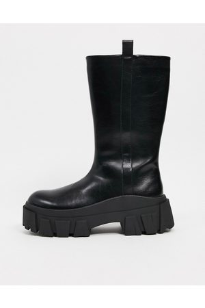 ASOS Chelsea calf boots on chunky sole in faux leather