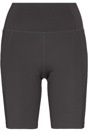 GIRLFRIEND COLLECTIVE Stretch-fit compression cycling shorts - Grey