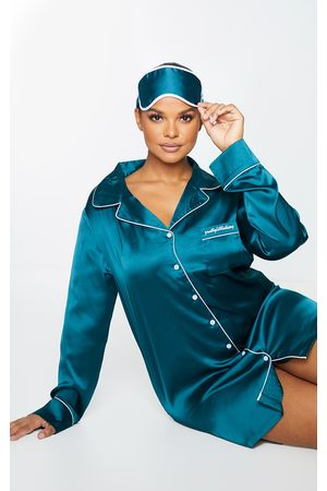 PRETTYLITTLETHING Plus Emerald Embroidered Satin Nightshirt with Eyemask