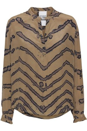 AJ117 Gladys Shirt - Camel