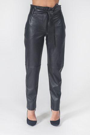 D.EXTERIOR Pantalone ecopelle con cintura