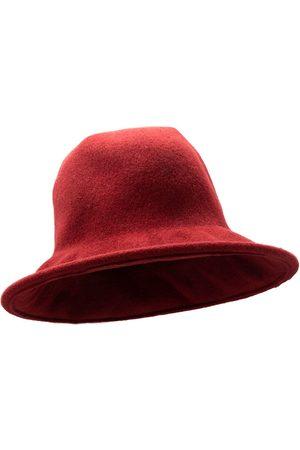No Hats WOMEN'S KNITTEDFLOPPYGARNET WOOL HAT