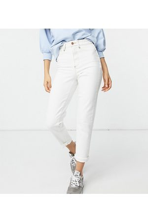 New Look Waist enhance mom jean in