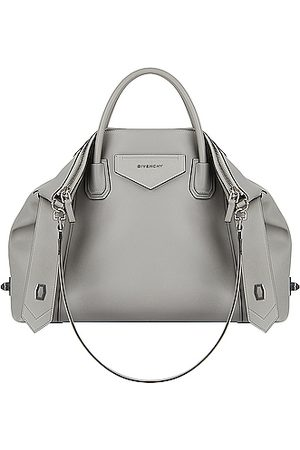 Givenchy Shoulder Bags - Medium Soft Antigona Bag in