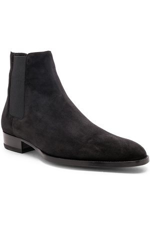 Saint Laurent Suede Wyatt 30 Chelsea Boots in