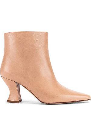 Bottega Veneta Leather Ankle Boots in Neutral