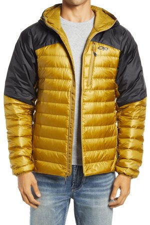 Outdoor Research Men's Helium Water Resistant Hooded 800 Fill Down Jacket